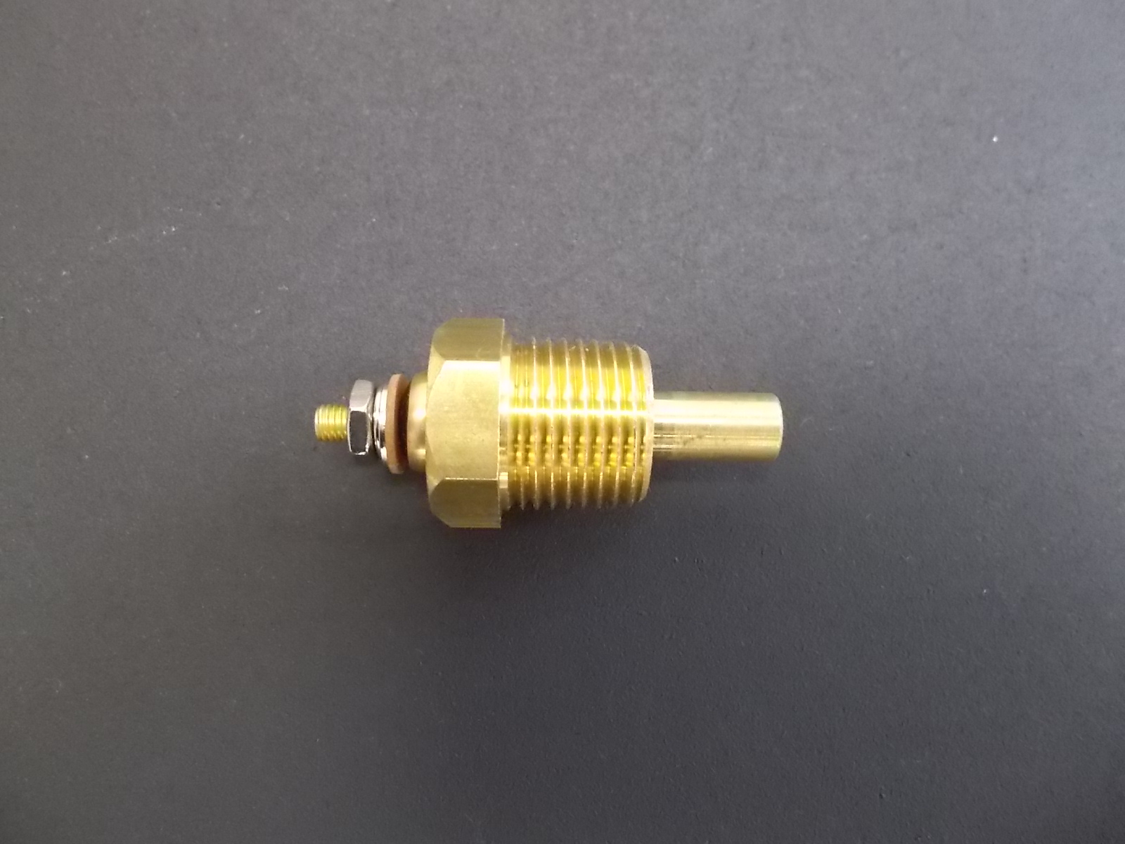 Peterbilt Specific Temperature Sender For Differential, Engine &  Transmission Oil